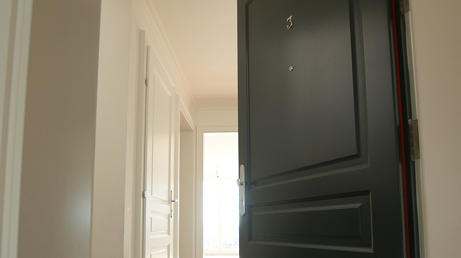 brandschutzt ren sch tzen und bewahren wichtige werte hessl. Black Bedroom Furniture Sets. Home Design Ideas