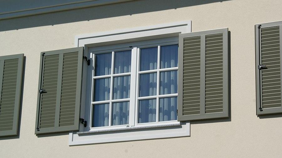 Sprossenfenster beispiele  Gelungener Dachbodenausbau mit Gaubenfenster in Oberösterreich - HESSL