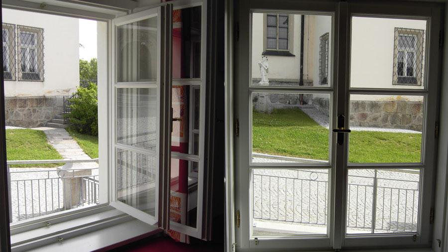 rahmen fr holzfenster interesting dieses profil verfgt ber eine stabile im rahmen dazu kommen. Black Bedroom Furniture Sets. Home Design Ideas
